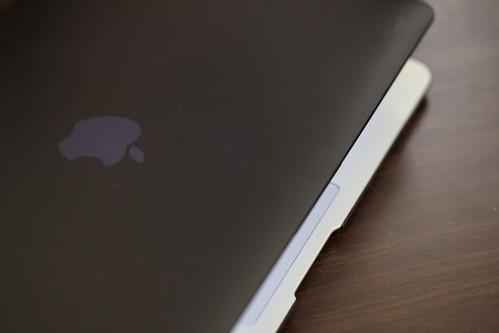 moshi iGlaze for MacBook Air_04
