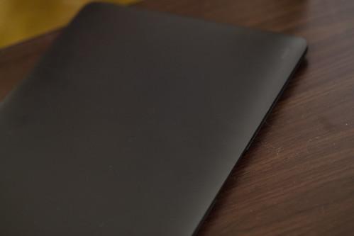 moshi iGlaze for MacBook Air_03