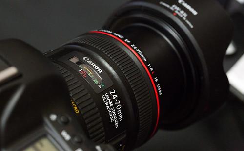 EF24-70mm_MACRO_01