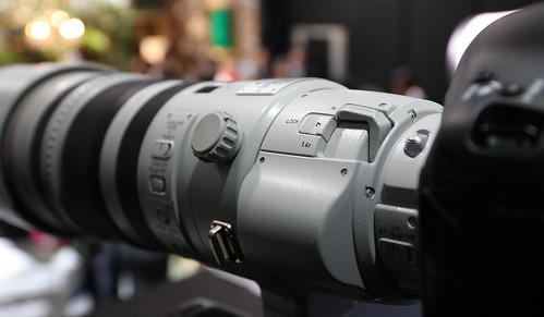 EF200-400mm_03