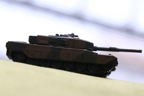 トミカプレミアム 90式戦車_09