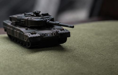 トミカプレミアム 90式戦車_05