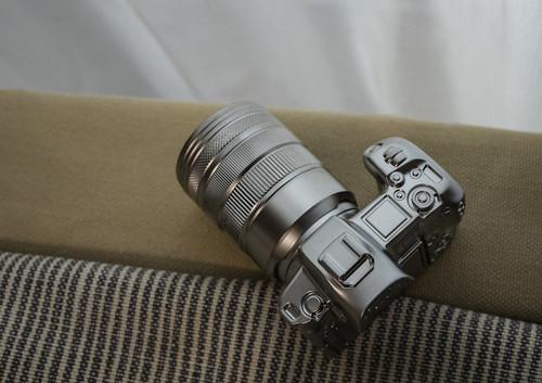 EOS R Metal miniature_10