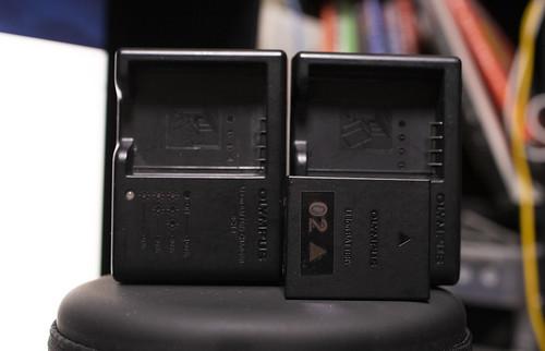 EOS R & OM-D Battery_03