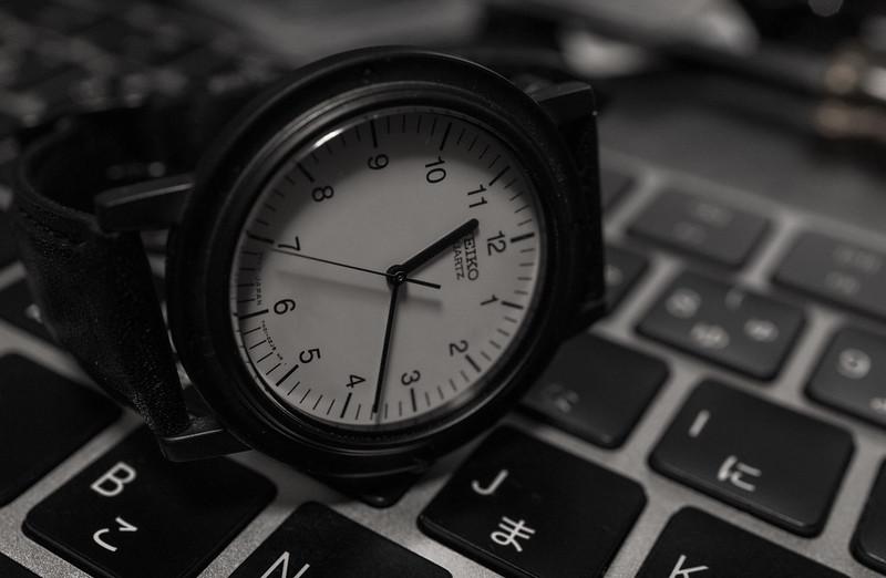 ジョブスの腕時計の電池交換 :Seiko nano universe Limited Edition