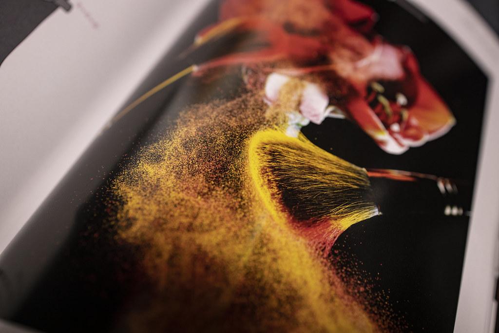 ハイスピードストロボの連写でパウダーの舞を撮る:南雲暁彦コマフォトウェビナー