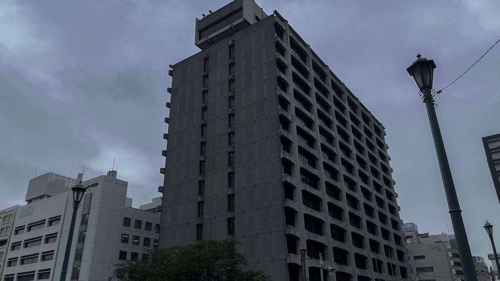 旧電通本社ビルにお別れを言う