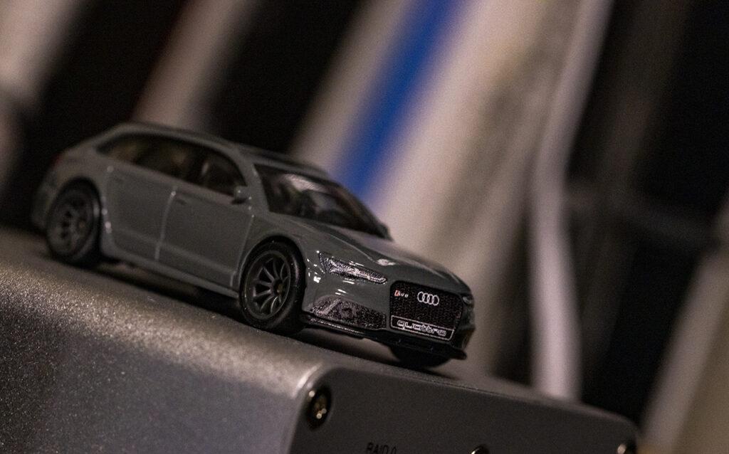 Audi RS6 Avant : ホットウィール ミニカー