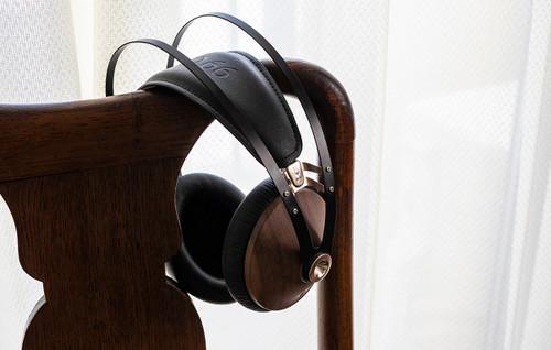 音も外観も美しいヘッドホン:MEZE 99 CLASSICS