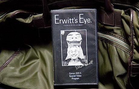 ライカ M8 ホワイトと エリオット・アーウィット写真展