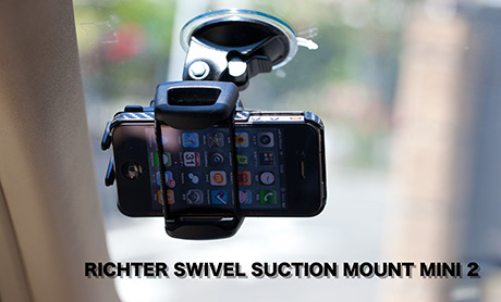RICHTER SWIVEL SUCTION MOUNT MINI 2 with iPhone 4